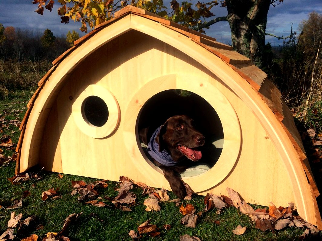Hobbit hole chicken coops, and much more! - hobbit hole playhouses, chicken coops, doghouses, more! Hobbit Hole Chicken coops feature